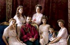 Ketika Rakyat Membunuh Rajanya: Kisah Keluarga Kerajaan Romanov